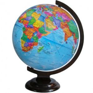 Глобус Земли политический 320 мм на деревянной подставке 10032